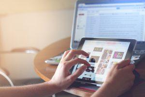 依頼事例:アフェリエイトAPI連携による自動広告取得配信プログラムを投稿に追加